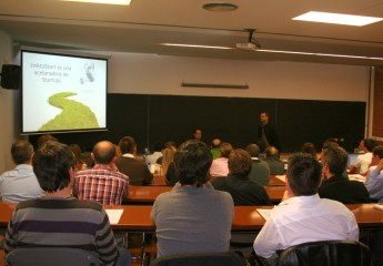 Presentación de linktoStart en las jornadas gratuitas de emprendurismo organizadas por Fundesem