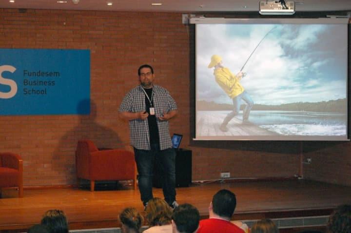 Fichas de producto para dominar el mundo (Online) Isidro Pérez en World Quondos Record