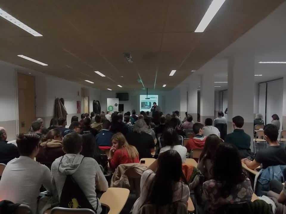 Jornada de motivación a emprendedores en el Instituto de Formación Profesional de Ibi