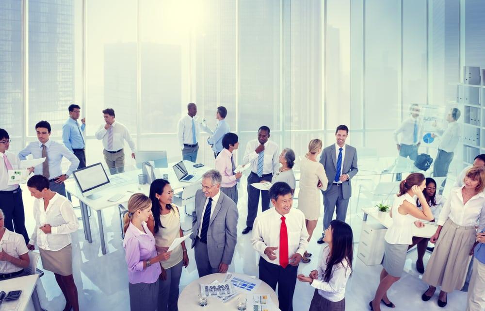Trabaja las relaciones con tus contactos profesionales para ser mejor empresario. Capítulo 4/5