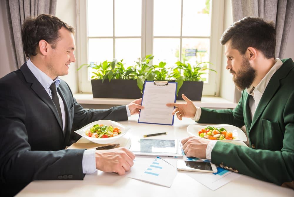 Comidas de trabajo para conocer mejor a tu cliente